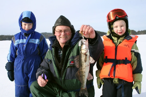 Fishing organisations encourage young people to take up recreational fishing.